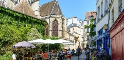 Discover the Old Quarters of Paris