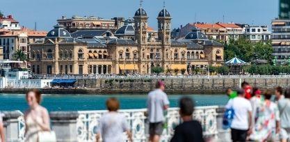 Take a Stroll Along the Promenade in San Sebastian