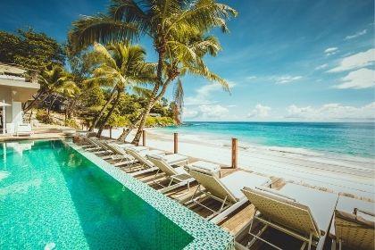 Carana Beach Pool