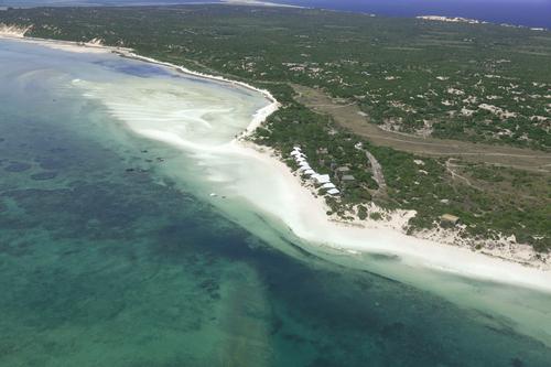 Azura Marlin Beach - Air