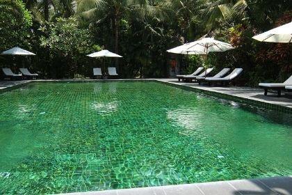 Cham Villas Pool