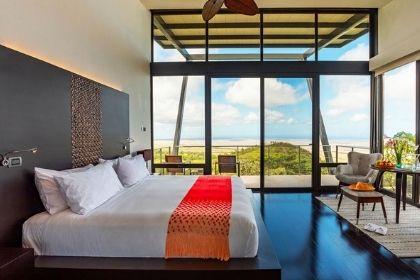 Pikaia Lodge Balcony Room