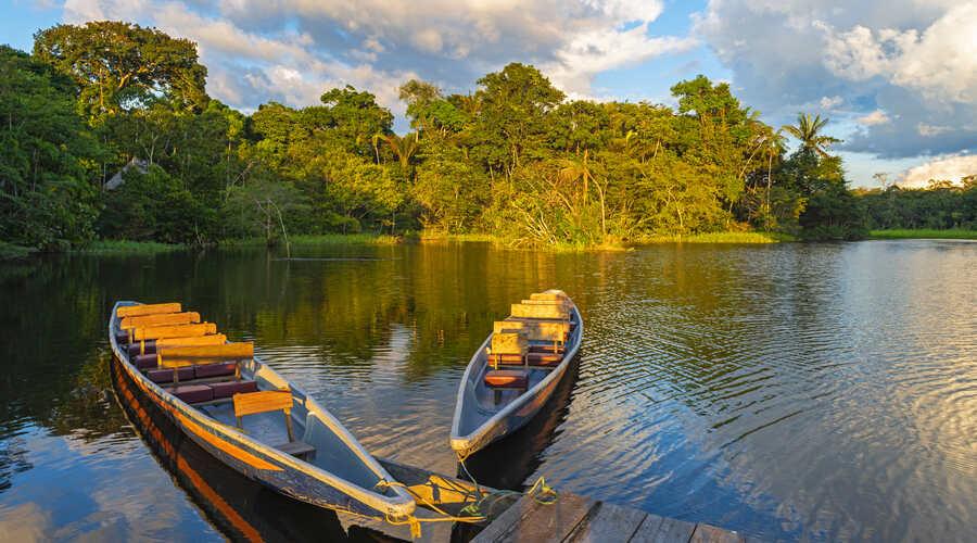 Canoe Amazon Ecuador