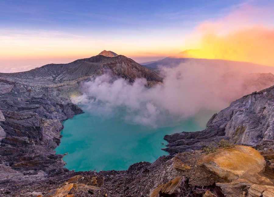 Crater of Mt Ijen, Java