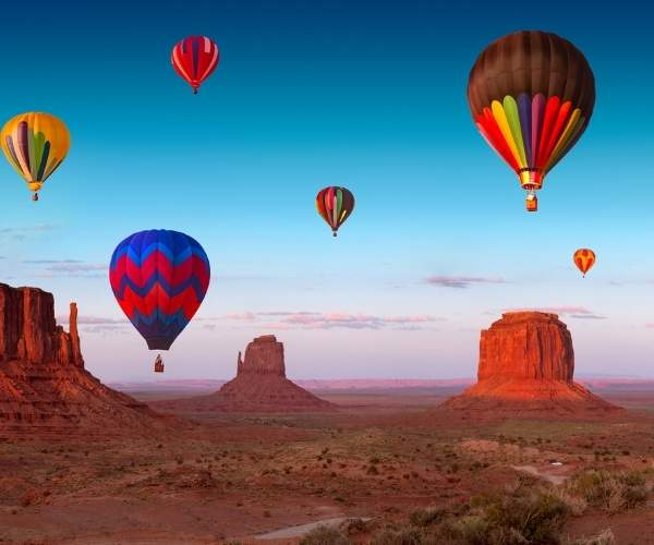 Monument Valley Hot air balloon